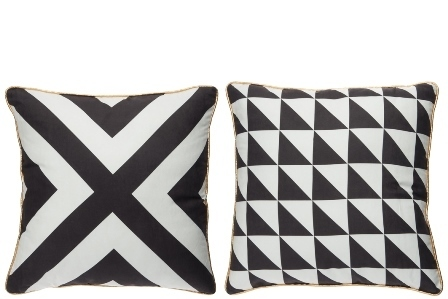 Black and with cushion with pattern 2 pcs